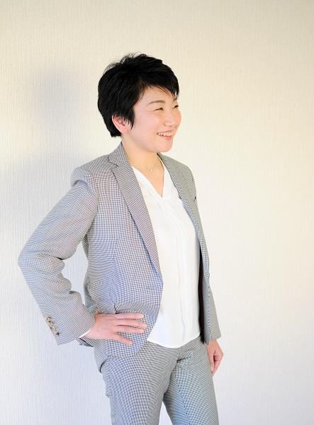 小関珠緒 宣材写真